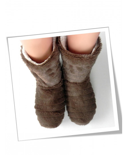 WARM BOOTS BROWN